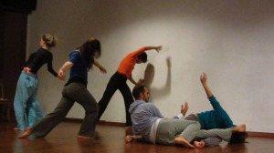 Workshop_Helena Pellisé_dansa improvisació